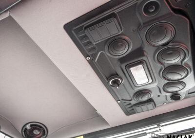 Kabina-Kubota-L1501-NAGLAK-wnetrze-panel-nagrzewnicy