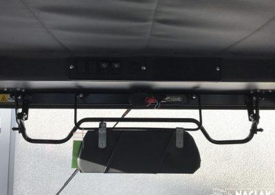 Kabina-ochronna-Massey-Ferguson-255-Ursus-3512-NAGLAK-wnetrze-zaslonka-przeciwsloneczna